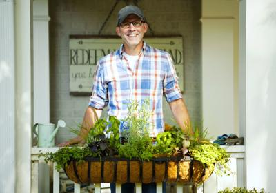 How to plant, grow and care for a container garden