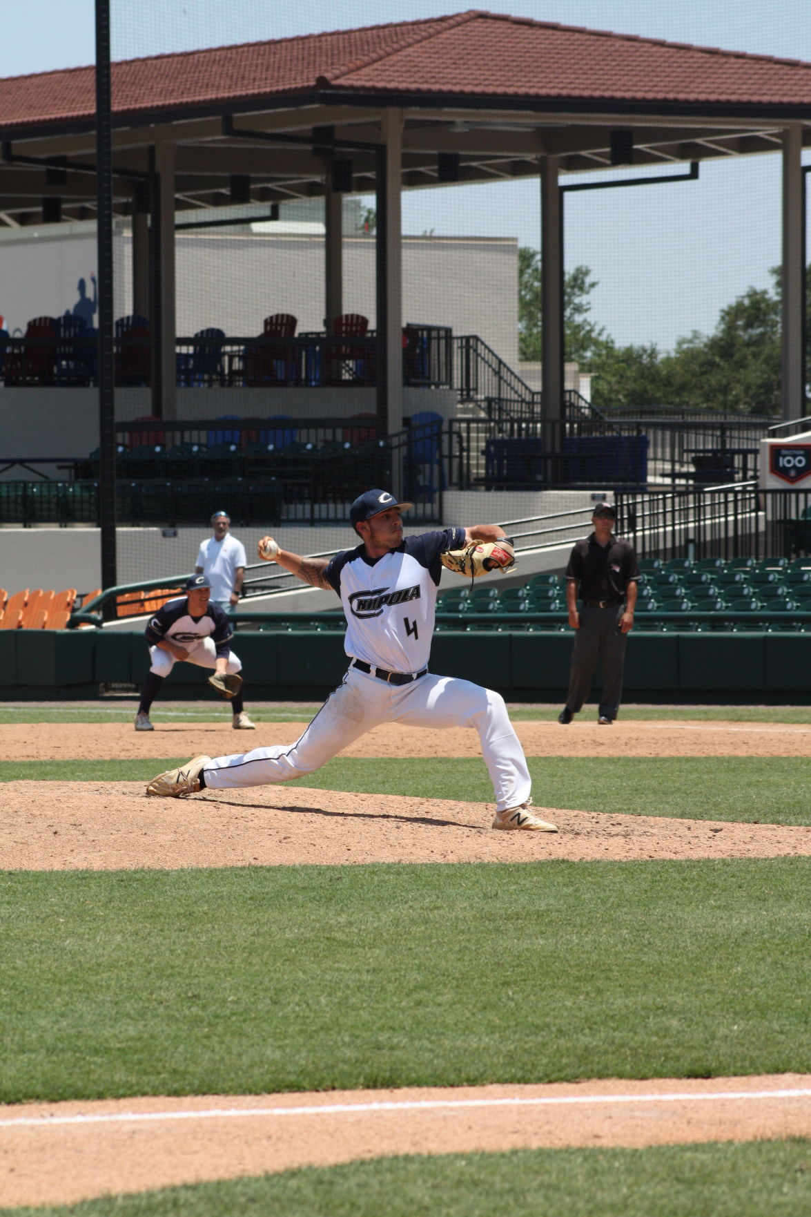 harding wins national crown reds call his name in draft from