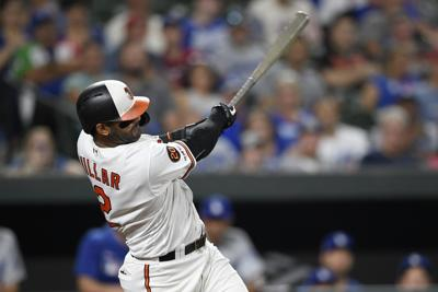 Villar's record-setting HR carries Orioles