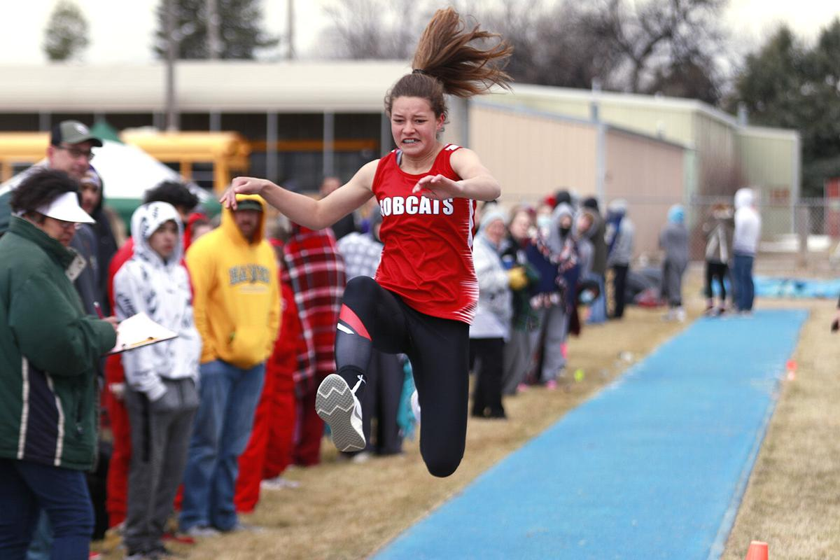 Boys finish seventh, girls relay team takes first at Morrill Early Bird Invite