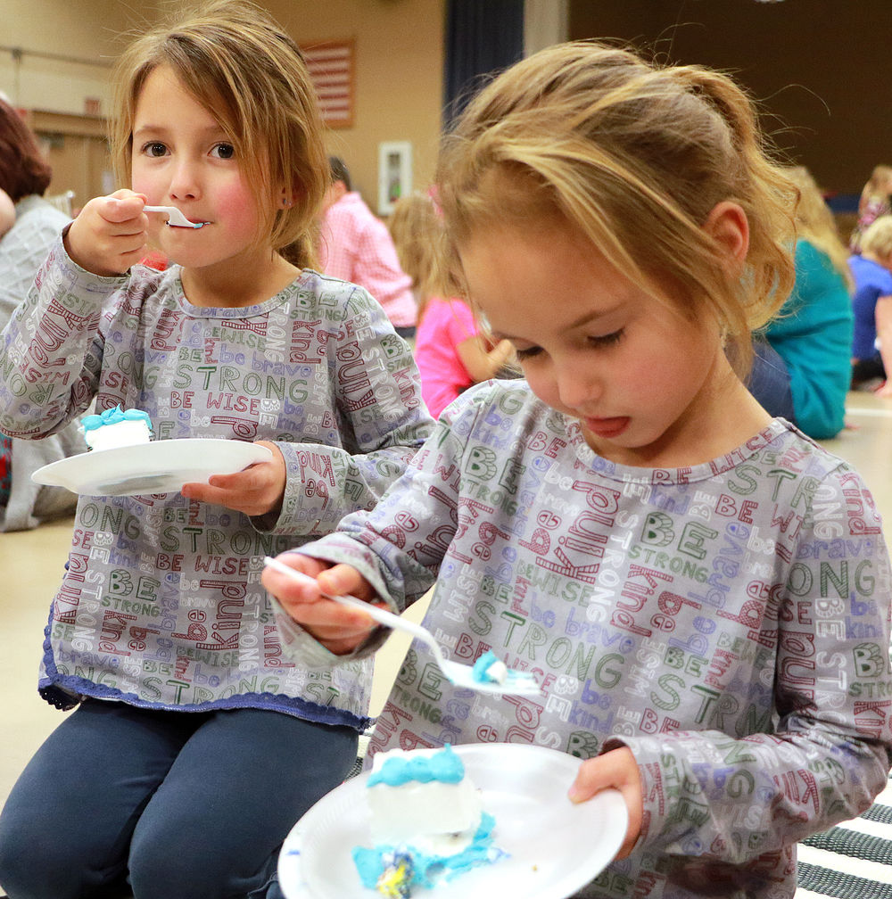 Parents attend indoor picnic at St. Agnes during Catholic Schools week