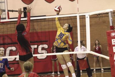 Gering volleyball team sweeps Scottsbluff