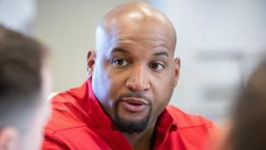 Husker notes: Greg Austin diagnoses O-line issues; Tight ends 'didn't do our job'