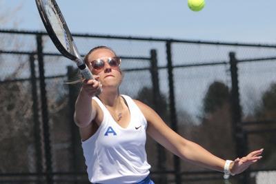 Gering, Alliance, Scottsbluff tennis teams split triangular