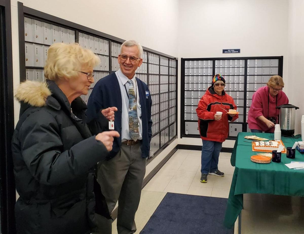 Hemingford Postmaster Celebrating Retirement
