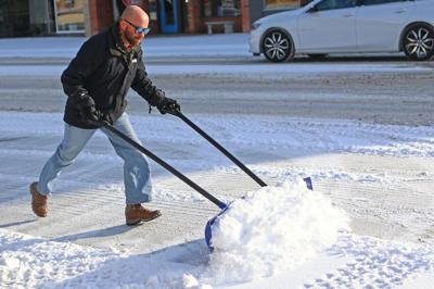 Warm weekend likely to end with snow