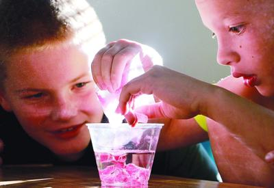 Geil fourth graders enjoy STEM activities