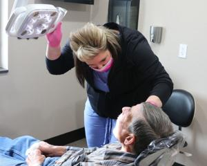 Dentists give back to veterans