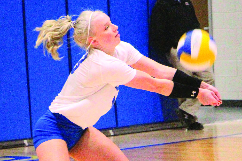 Lady Bulldogs fall in final home game against Sidney
