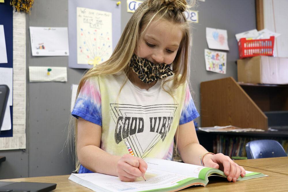 Gering elementary students awarded national scholarships