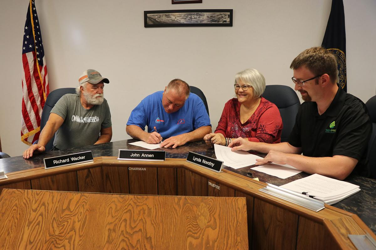 Contracts for Hemingford Solar Project Signed