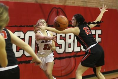 Scottsbluff girls lose heartbreaker to Cheyenne Central 47-46