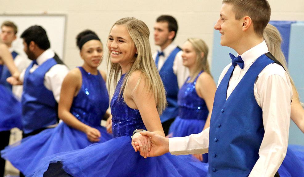 Harmony performs at Christmas concert for elementary students