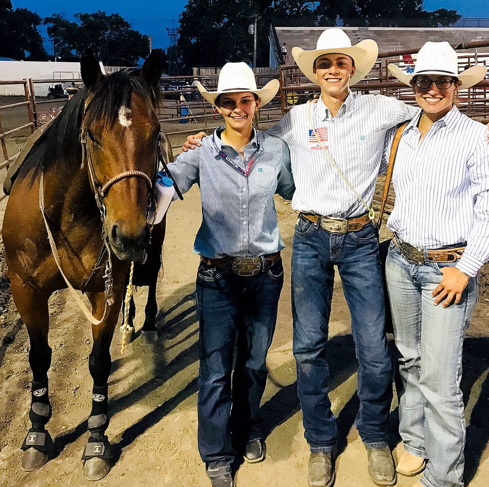 At just 15, Scottsbluff teen becomes a world champion at goat tying