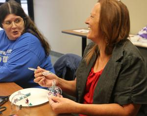 Women veterans help each other at conference