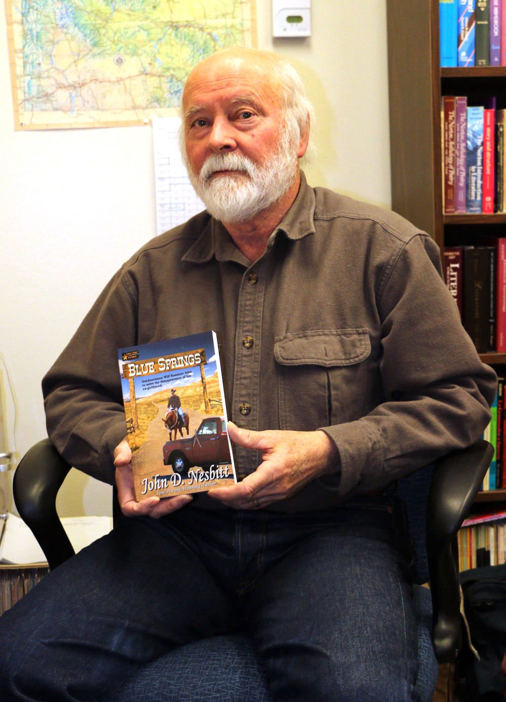 Wyoming author to speak at library meeting