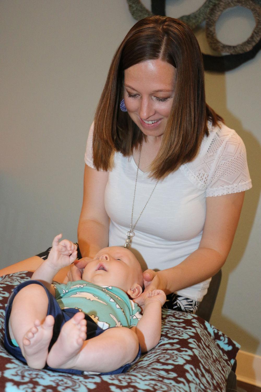 Former Gering woman enjoys medical practice in Oshkosh