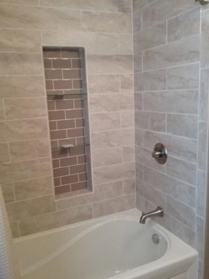 A & R Wood & Tile Installations | Bath Tub Tile with Inset Shelf View