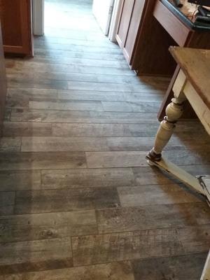 A & R Wood & Tile Installations | Kitchen Floor Tile
