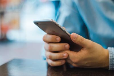 apple-email-iphone-17663.jpg