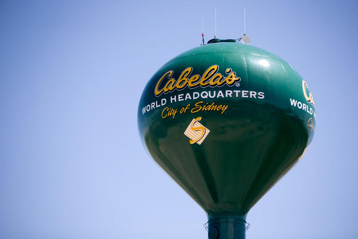 cabelas stockholders face hit of 4 per share in revised bass pro sale plan - Bass Pro After Christmas Sale