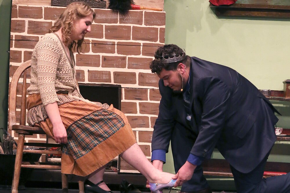 Mitchell to perform Rodgers and Hammerstein's 'Cinderella' this weekend