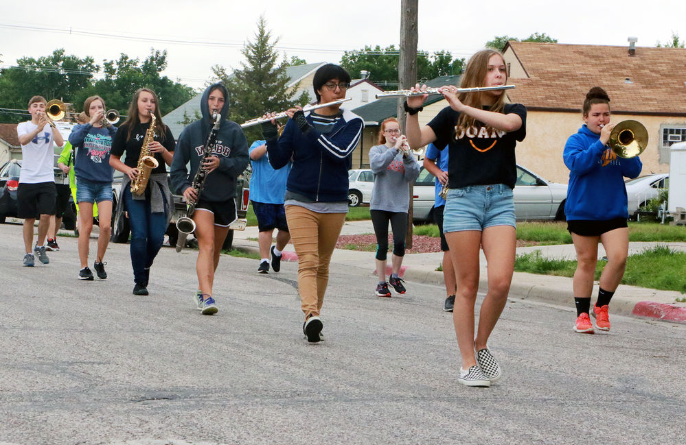 Students participate in summer band ahead of Oregon Trail