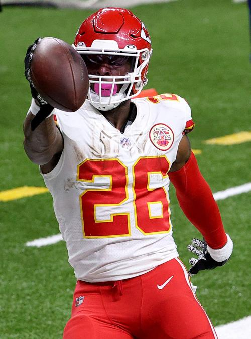 Le'Veon Bell #26 of the Kansas City Chiefs scores a touchdown against the New Orleans Saints during the fourth quarter in the game at Mercedes-Benz Superdome on December 20, 2020, in New Orleans, Louisiana.
