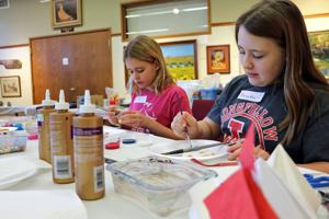 WNAC hosts Christmas crafts sessions for kids