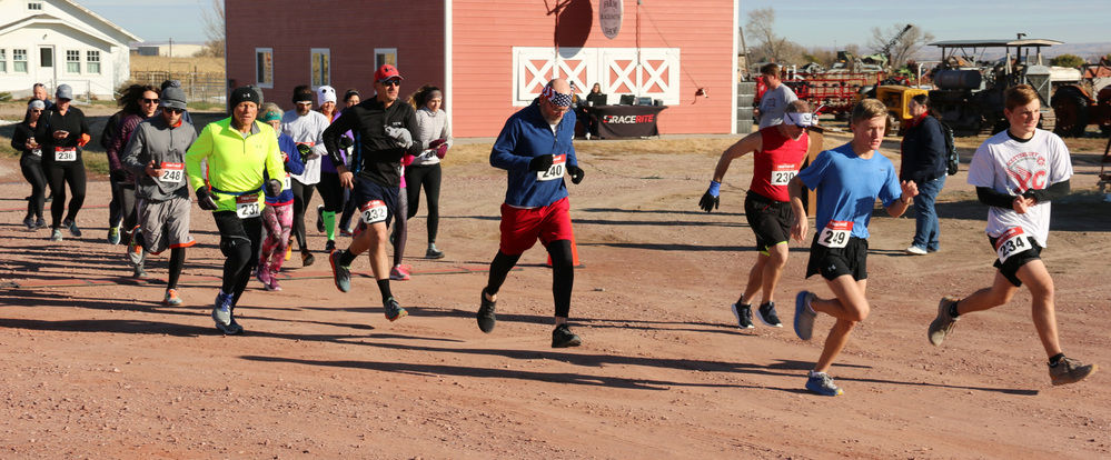 Runners turn out to run for veterans