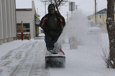 Snow covers Panhandle, winter storm weather warning remains in effect