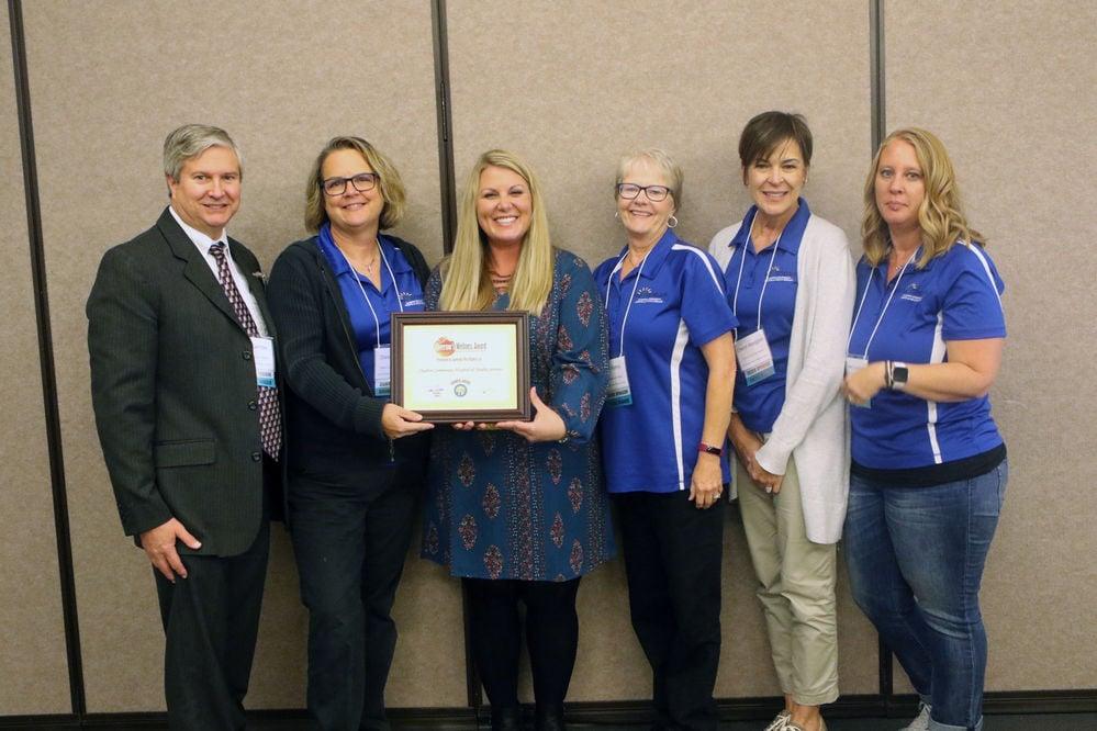 Chadron woman Rachel Johnson receives Leading Light Award