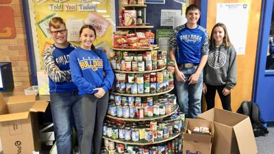 Gering Junior High Schools Builders Club Helps Collect Nearly 1000