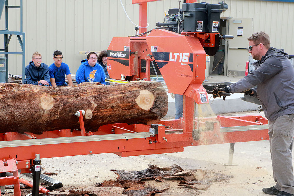 Gering High School, Nebraska Forest Service partner to teach kids new trade