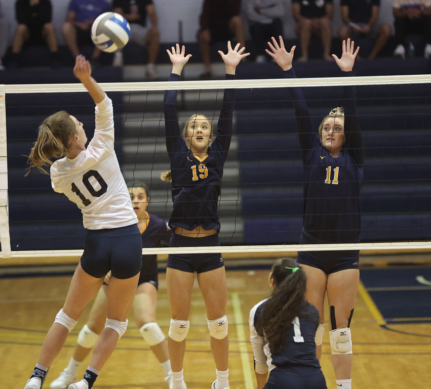 WNCC captures 19th win with five-set win over Otero