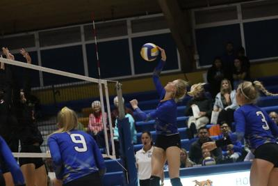 Ogallala downs Gering volleyball