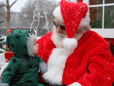 Sit on Santa's lap, hear tuba players and more in Gering on Saturday