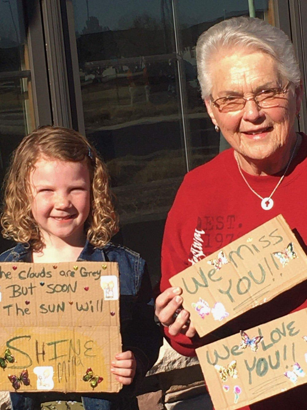 Heritage Estates youngest volunteer continues to visit residents in a new way