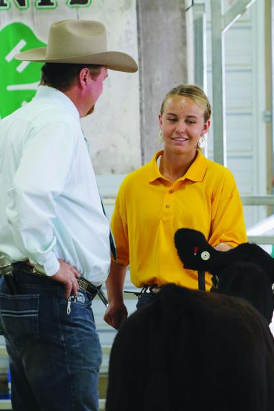 4-H and FFA members excel in beef showmanship at the Scotts Bluff County Fair