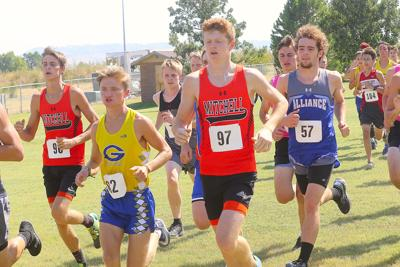 Scottsbluff's Holzworth captures 3rd straight Gering Invite title
