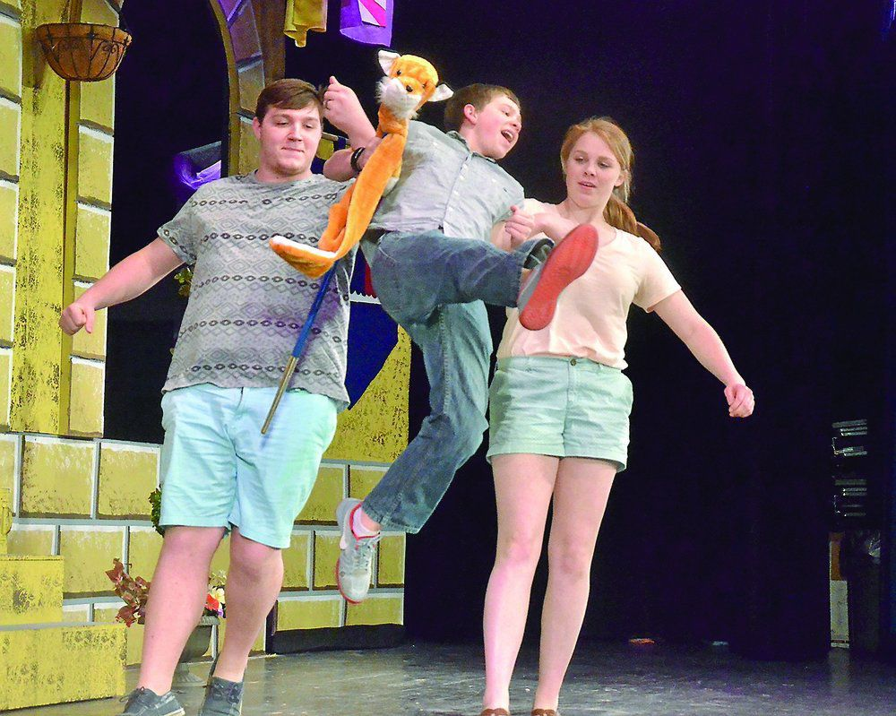 GHS getting ready for opening of 'Once Upon a Mattress' | Local News |  starherald.com