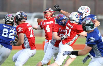 West blanks East in all-star football game