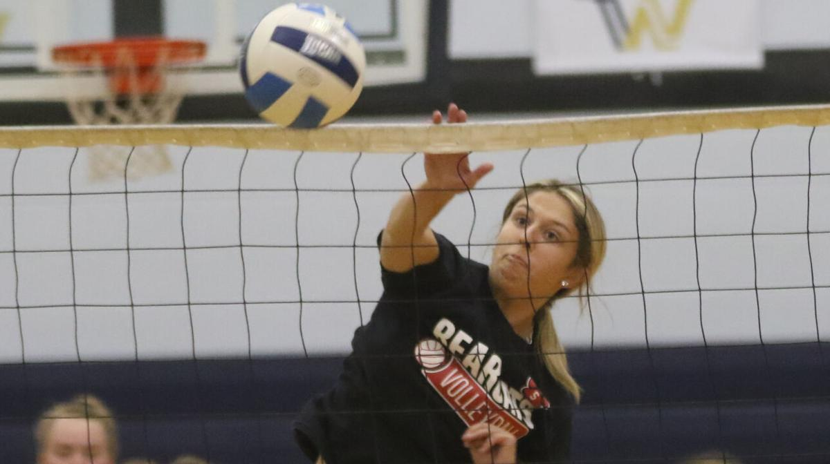 Foote, Knight ready for one more go on the volleyball court