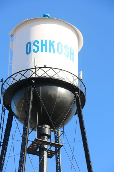 Group restores water tower