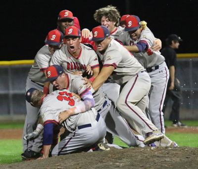 Big Sticks edge Pioneers to capture Expedition League title