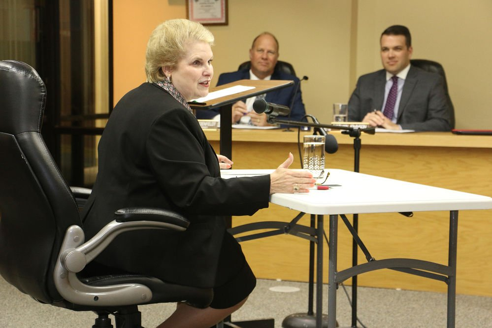 What are the responsibilities of a city council? League of Municipalities official explains