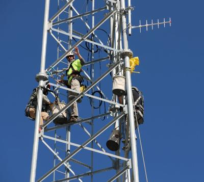 Scotts Bluff County Communications Tower goes up