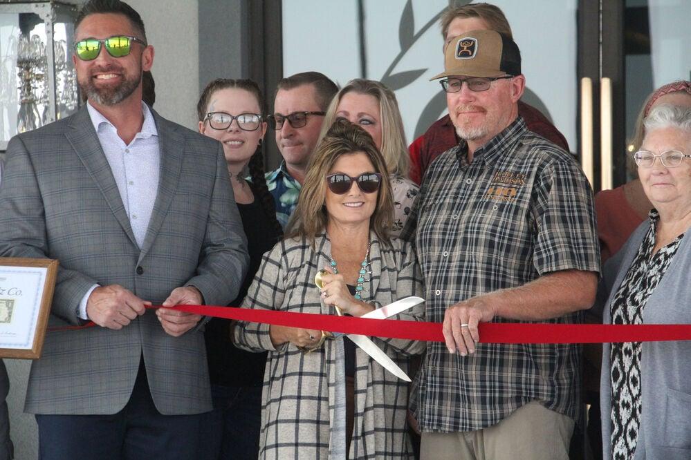 Hotel 21, Shelby Lynn Floral Design celebrate ribbon-cutting ceremony