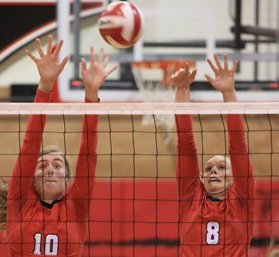 Scottsbluff falls to Cheyenne Central in five sets