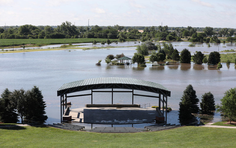 Yanney Park amphitheater, 7-9